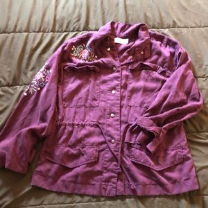 Tops - Cute button up top with floral designNWOT